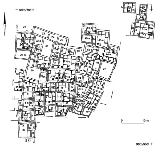 Perhaps the earliest city, Catal Hoyuk was a dense grouping of buildings with no roads. Travel would have occurred via the rooftops. (During & Marciniak 2006:177)