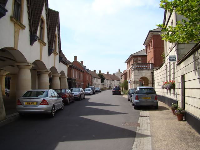 A typical street in Poundbury (source: http://www.poundbury.info/)