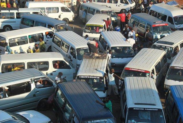 Traffic jam, Maputo, Mozambique. Source: Wikimedia Commons.