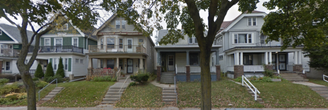 A mix of single-family homes and duplexes on a Milwaukee street. Can you spot which is which? (Image from Google Earth)